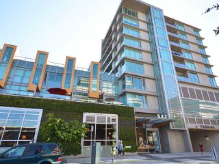 "Photo 1: 701 522 W 8TH Avenue in Vancouver: Fairview VW Condo for sale in ""CROSSROADS"" (Vancouver West)  : MLS®# V969156"