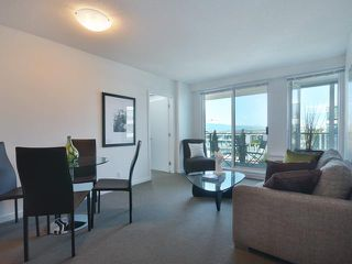 "Photo 5: 701 522 W 8TH Avenue in Vancouver: Fairview VW Condo for sale in ""CROSSROADS"" (Vancouver West)  : MLS®# V969156"