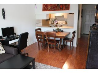 "Photo 4: 106 929 W 16TH Avenue in Vancouver: Fairview VW Condo for sale in ""OAKVIEW GARDENS"" (Vancouver West)  : MLS®# V978752"