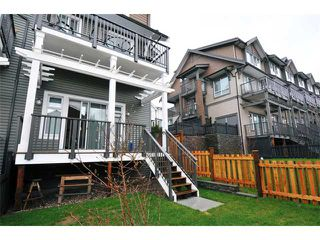 "Photo 10: 115 1460 SOUTHVIEW Street in Coquitlam: Burke Mountain Townhouse for sale in ""CEDAR CREEK"" : MLS®# V984770"