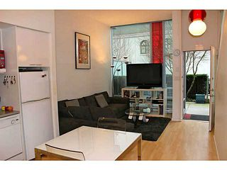 "Photo 1: 626 CITADEL PARADE Boulevard in Vancouver: Downtown VW Townhouse for sale in ""SPECTRUM 4 BY CONCORD PACIFIC"" (Vancouver West)  : MLS®# V988318"