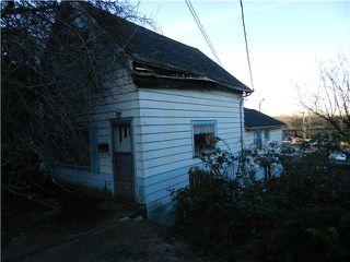 Photo 2: 408 WILSON Street in New Westminster: Sapperton House for sale : MLS®# V984985