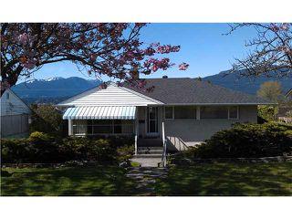 """Main Photo: 7057 SIERRA Drive in Burnaby: Westridge BN House for sale in """"WESTRIDGE"""" (Burnaby North)  : MLS®# V1003096"""