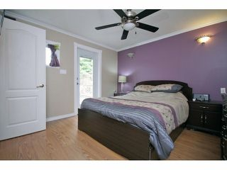 Photo 10: 26549 32ND AV in Langley: Aldergrove Langley House for sale : MLS®# F1413201