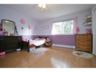 Photo 12: 26549 32ND AV in Langley: Aldergrove Langley House for sale : MLS®# F1413201