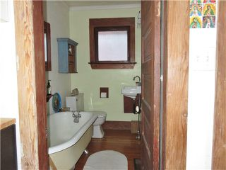 Photo 7: 1733 E 6TH AV in Vancouver: Grandview VE House for sale (Vancouver East)  : MLS®# V1102555