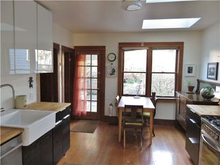 Photo 4: 1733 E 6TH AV in Vancouver: Grandview VE House for sale (Vancouver East)  : MLS®# V1102555