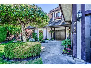 Photo 1: 6780 JUNIPER DR in Richmond: Woodwards House for sale : MLS®# V1137170