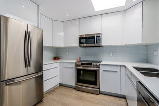Photo 6: 301 3615 W 17TH AVENUE in Vancouver: Dunbar Condo for sale (Vancouver West)  : MLS®# R2011115