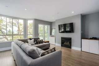Photo 3: 301 3615 W 17TH AVENUE in Vancouver: Dunbar Condo for sale (Vancouver West)  : MLS®# R2011115
