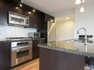 Photo 9: 1002 1650 W 7TH AVENUE in Vancouver: Fairview VW Condo for sale (Vancouver West)  : MLS®# R2022214