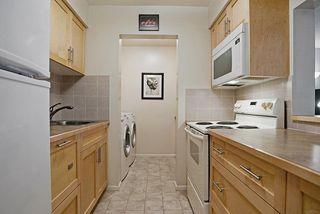 Photo 3: 203 1410 BLACKWOOD STREET: White Rock Condo for sale (South Surrey White Rock)  : MLS®# R2027671