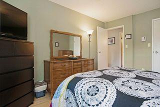 Photo 18: 203 1410 BLACKWOOD STREET: White Rock Condo for sale (South Surrey White Rock)  : MLS®# R2027671