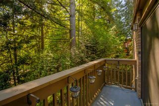 Photo 5: 335A EVERGREEN DRIVE in Port Moody: College Park PM Townhouse for sale : MLS®# R2064063