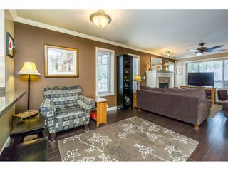 Photo 7: 29 6238 192 STREET in Surrey: Cloverdale BC Townhouse for sale (Cloverdale)  : MLS®# R2137639