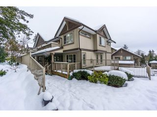 Photo 1: 29 6238 192 STREET in Surrey: Cloverdale BC Townhouse for sale (Cloverdale)  : MLS®# R2137639