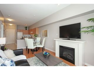 Photo 4: 404 14877 100 Avenue in Surrey: Guildford Condo for sale : MLS®# R2290345
