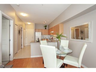 Photo 5: 404 14877 100 Avenue in Surrey: Guildford Condo for sale : MLS®# R2290345
