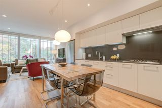 "Photo 17: 2208 WILLOW Street in Vancouver: Fairview VW Townhouse for sale in ""6TH + STEEL"" (Vancouver West)  : MLS®# R2412680"