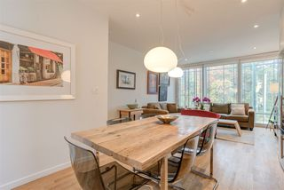 "Photo 1: 2208 WILLOW Street in Vancouver: Fairview VW Townhouse for sale in ""6TH + STEEL"" (Vancouver West)  : MLS®# R2412680"