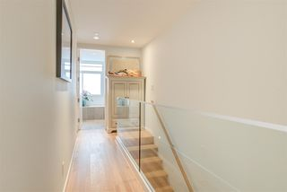 "Photo 13: 2208 WILLOW Street in Vancouver: Fairview VW Townhouse for sale in ""6TH + STEEL"" (Vancouver West)  : MLS®# R2412680"
