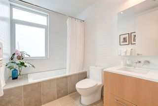 "Photo 9: 2208 WILLOW Street in Vancouver: Fairview VW Townhouse for sale in ""6TH + STEEL"" (Vancouver West)  : MLS®# R2412680"