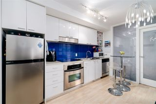 """Photo 1: 605 602 CITADEL Parade in Vancouver: Downtown VW Condo for sale in """"Spectrum"""" (Vancouver West)  : MLS®# R2428842"""