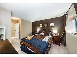 "Photo 13: 55 8892 208 Street in Langley: Walnut Grove Townhouse for sale in ""Hunters Run"" : MLS®# R2435766"