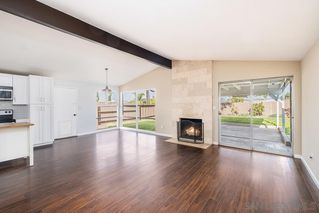Photo 5: SERRA MESA House for sale : 3 bedrooms : 2995 Mission Village Dr in San Diego