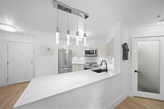 Photo 2: 301 150 W 22ND Street in North Vancouver: Central Lonsdale Condo for sale : MLS®# R2462253