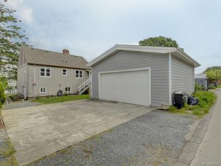 Photo 18: 521 E Burnside Rd in Victoria: Vi Burnside House for sale : MLS®# 839272