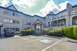 "Photo 1: 305 45504 MCINTOSH Drive in Chilliwack: Chilliwack W Young-Well Condo for sale in ""Vista View"" : MLS®# R2490367"