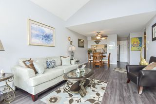 "Photo 19: 305 45504 MCINTOSH Drive in Chilliwack: Chilliwack W Young-Well Condo for sale in ""Vista View"" : MLS®# R2490367"