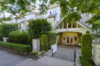 "Photo 2: 401 333 E 1ST Street in North Vancouver: Lower Lonsdale Condo for sale in ""VISTA WEST"" : MLS®# R2497872"