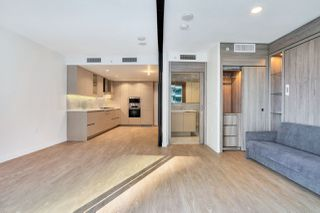 "Photo 15: 812 89 NELSON Street in Vancouver: Yaletown Condo for sale in ""THE ARC"" (Vancouver West)  : MLS®# R2504656"
