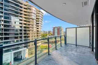 "Photo 7: 812 89 NELSON Street in Vancouver: Yaletown Condo for sale in ""THE ARC"" (Vancouver West)  : MLS®# R2504656"