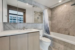 "Photo 14: 812 89 NELSON Street in Vancouver: Yaletown Condo for sale in ""THE ARC"" (Vancouver West)  : MLS®# R2504656"