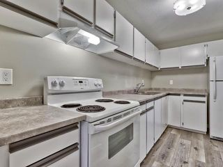Photo 5: 312 44 S WHITESHIELD Crescent in Kamloops: Sahali Apartment Unit for sale : MLS®# 158901