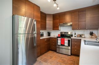 "Photo 5: 132 1252 TOWN CENTRE Boulevard in Coquitlam: Canyon Springs Condo for sale in ""THE KENNEDY"" : MLS®# R2507713"
