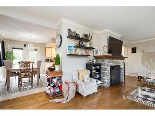 Photo 5: 15916 RUSSELL Avenue: White Rock House for sale (South Surrey White Rock)  : MLS®# R2527400