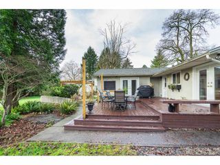 Photo 22: 15916 RUSSELL Avenue: White Rock House for sale (South Surrey White Rock)  : MLS®# R2527400