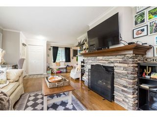 Photo 8: 15916 RUSSELL Avenue: White Rock House for sale (South Surrey White Rock)  : MLS®# R2527400