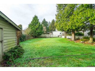 Photo 23: 15916 RUSSELL Avenue: White Rock House for sale (South Surrey White Rock)  : MLS®# R2527400