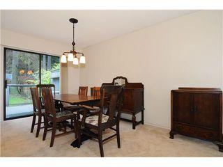 Photo 4: 611 BOURNEMOUTH Crescent in North Vancouver: Windsor Park NV House for sale : MLS®# V935406
