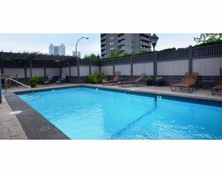 """Photo 4: 805 444 LONSDALE Avenue in North Vancouver: Lower Lonsdale Condo for sale in """"ROYAL KENSINGTON"""" : MLS®# V941173"""
