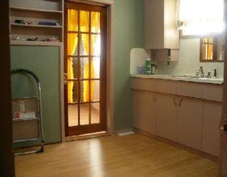 Photo 3: 591 DUFFERIN AV in WINNIPEG: Residential for sale (Canada)  : MLS®# 2912748
