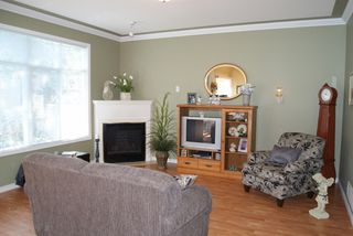 "Photo 2: 140 46360 VALLEYVIEW Road in Sardis: Promontory Townhouse for sale in ""APPLE CREEK"" : MLS®# H1202571"