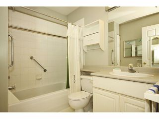 """Photo 8: 1 20788 87TH Avenue in LANGLEY: Walnut Grove Townhouse for sale in """"KENSINGTON VILLAGE"""" (Langley)  : MLS®# F1308814"""