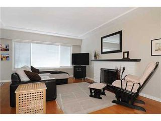 Photo 2: 2411 ADANAC Street in Vancouver East: Renfrew VE Home for sale ()  : MLS®# V929941