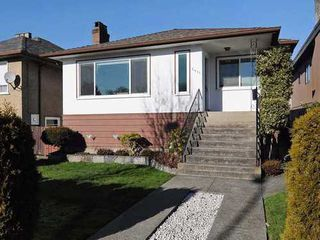 Photo 1: 2411 ADANAC Street in Vancouver East: Renfrew VE Home for sale ()  : MLS®# V929941